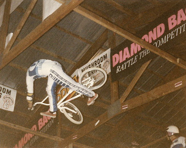 Josh White Can-Can at the 1986 2-Hip King of Vert in Le Sueur, MN photo by Ken Paul