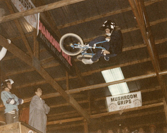 Mike Dominguez at the 1986 2-Hip King of Vert in Le Sueur, MN photo by Ken Paul