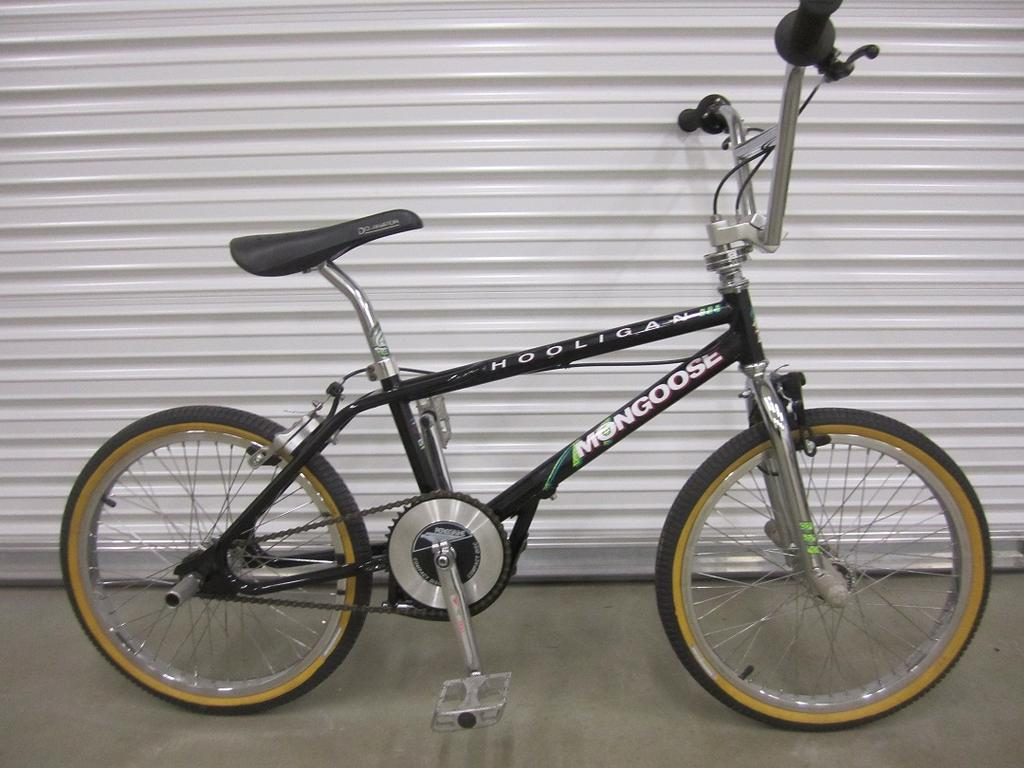 1990 Mongoose Hooligan from ToBigToRide265 on BMX Museum